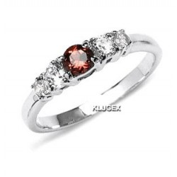 Sterling Silver Ring With Garnet Size 7