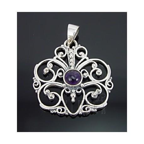 Sterling Silver Pendant w Amethyst