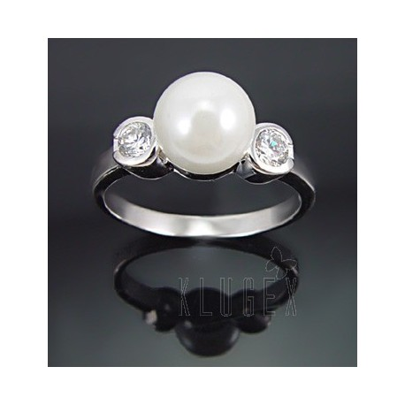 Sterling Silver Ring w Pearl & CZ Size 8