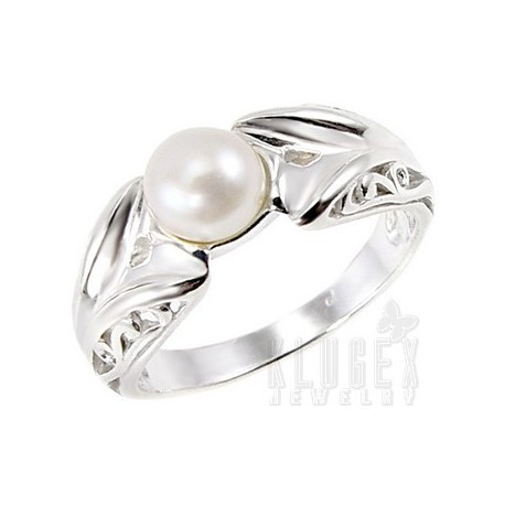 Sterling Silver Ring with Pearl Size 5