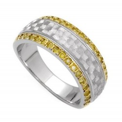 14K Solid Gold Ladies Ring w Diamond