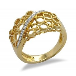 18K Solid Gold Ring with Diamond