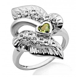 Sterling Silver Ladies Ring w Peridot