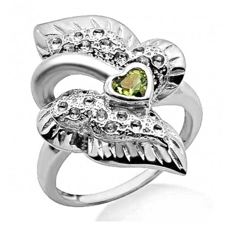 .925 Sterling Ring w Peridot Size 7